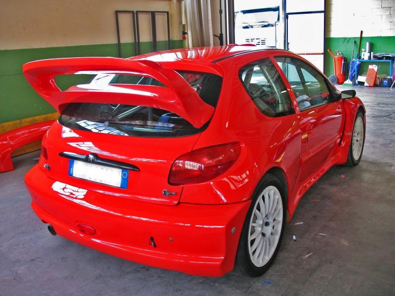 http://www.carrozzeriavalceresio.it/carrozzeria/wp-content/gallery/preparazione-macchine-da-corsa-by-carrozzeria-valceresio-arcisate-varese/preparazione-macchine-da-corsa-by-Carrozeria-Valceresio-Arcisate-23.jpg